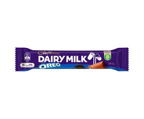 Cadbury Dairy Milk Oreo milk chocolate bar 45g
